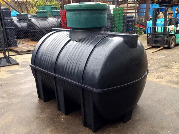 Подземные емкости для хранения нефтепродуктов