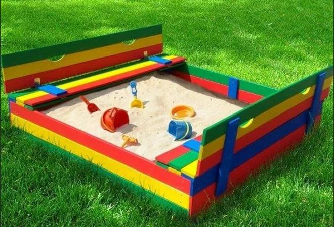 Современные песочницы из пластика для детей