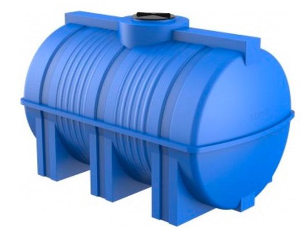Какие цилиндрические емкости лучше: пластиковые или металлические