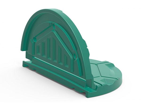 Пластиковые крышки, пожалуй лучшее решение для бетонных колодцев