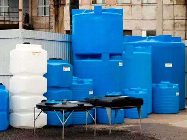 Виды пластиковых емкостей для жидкости