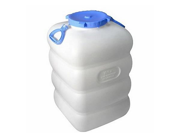 Что и как можно хранить в пластиковом бидоне