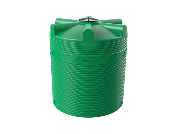 Большие пластиковые емкости для воды