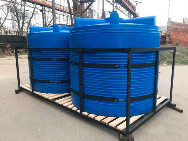 Емкости для жидких удобрений и КАС в усиленном каркасе