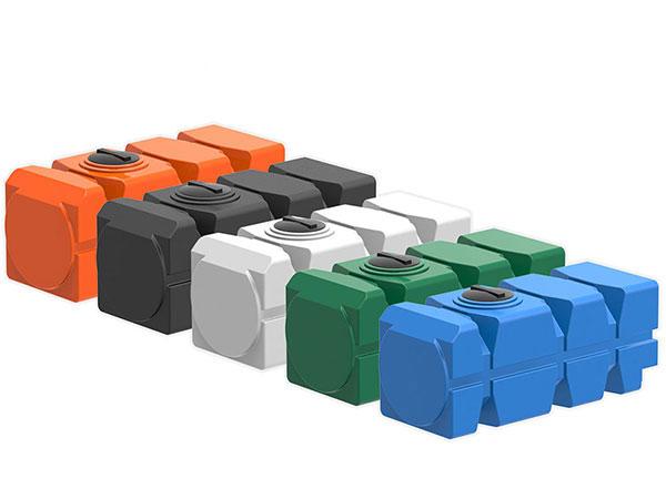 Горизонтальные пластиковые емкости для воды